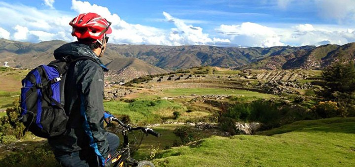 Biking en el Valle Sagrado de los Incas